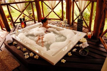 21-1-spa-oasis-jacuzi
